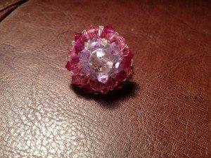 Pink Flower dans Swarovski Pearls 388250_446566982058571_48724248_n-300x225